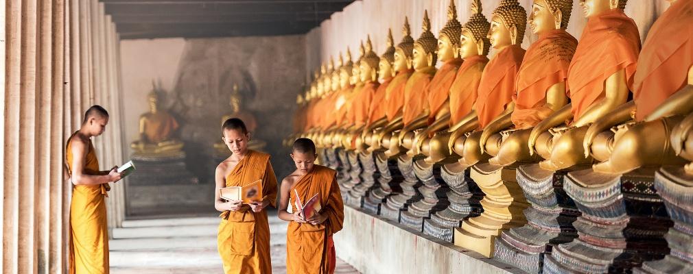 Monniken in Angkor Wat, Cambodja