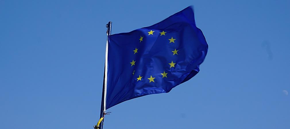 De vlag van de Raad van Europa en de Europese Unie